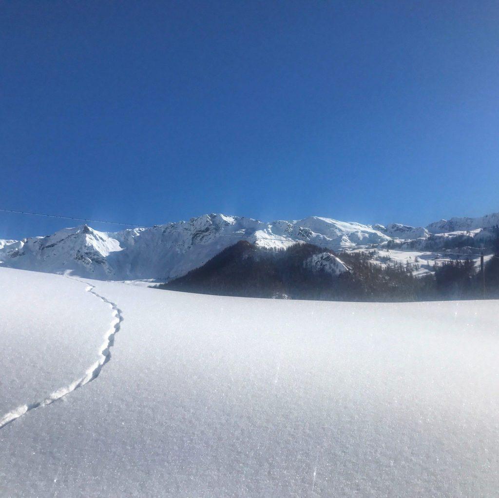 il bianco della neve a chamois