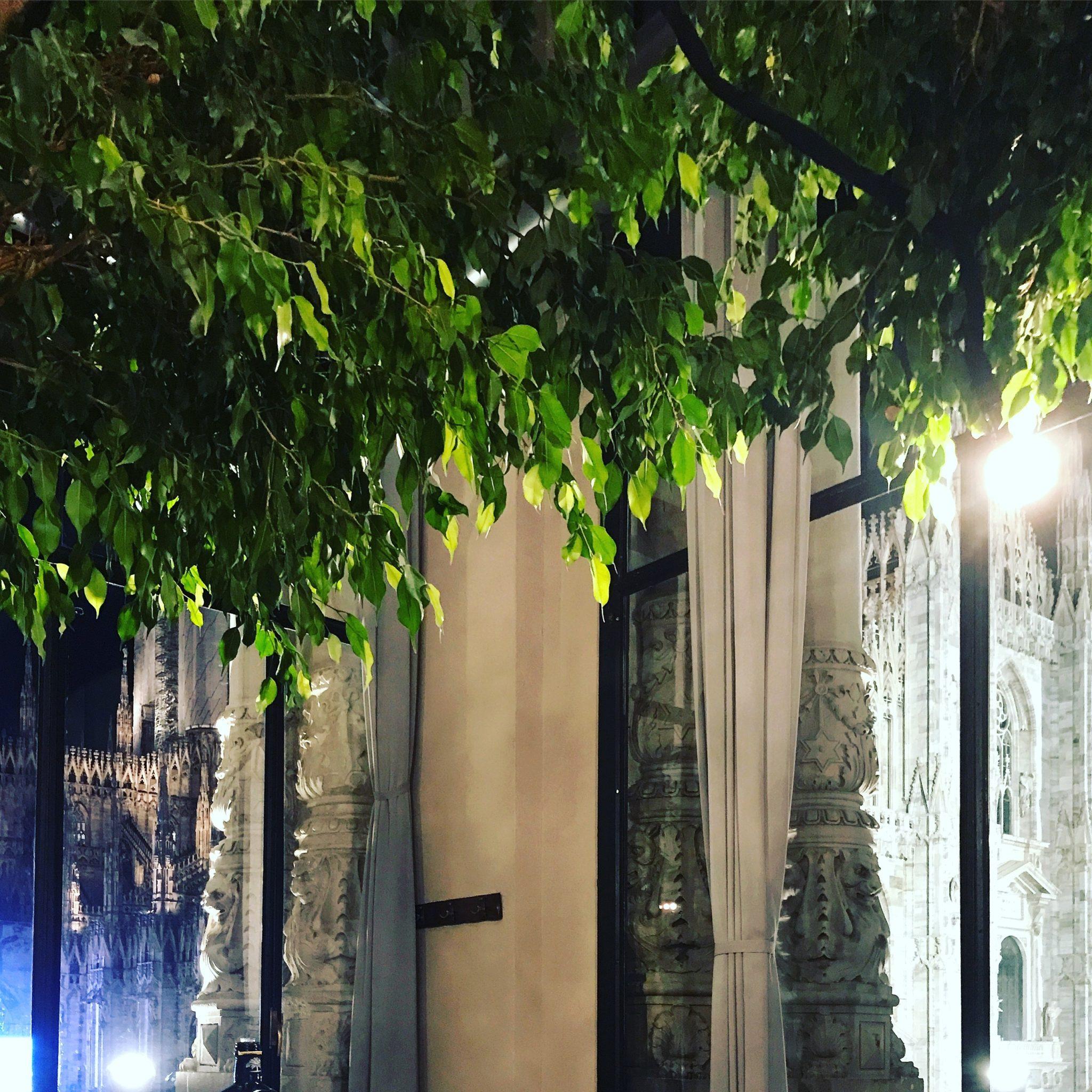 una cena davanti al Duomo da spazio milano