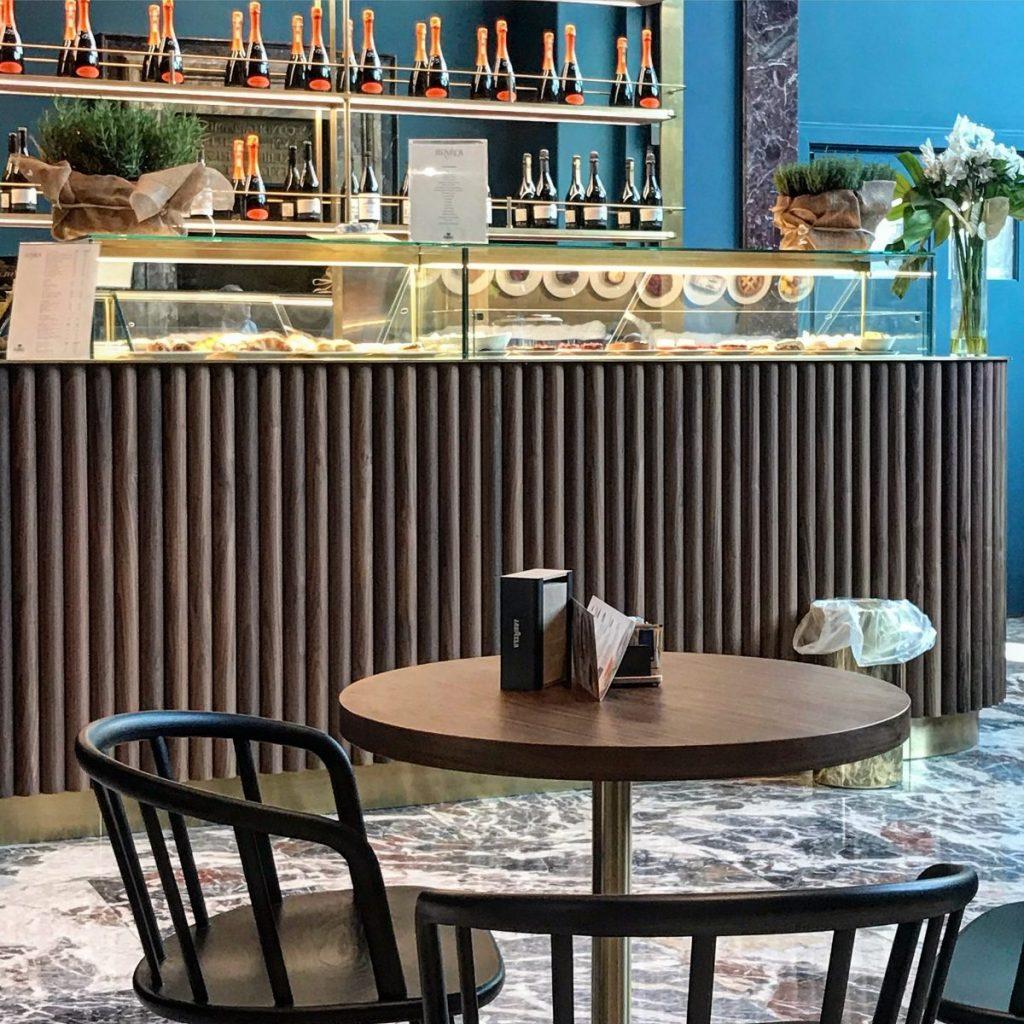 il caffè Fernanda alla pinacoteca di brera tra le caffetterie nei musei di milano