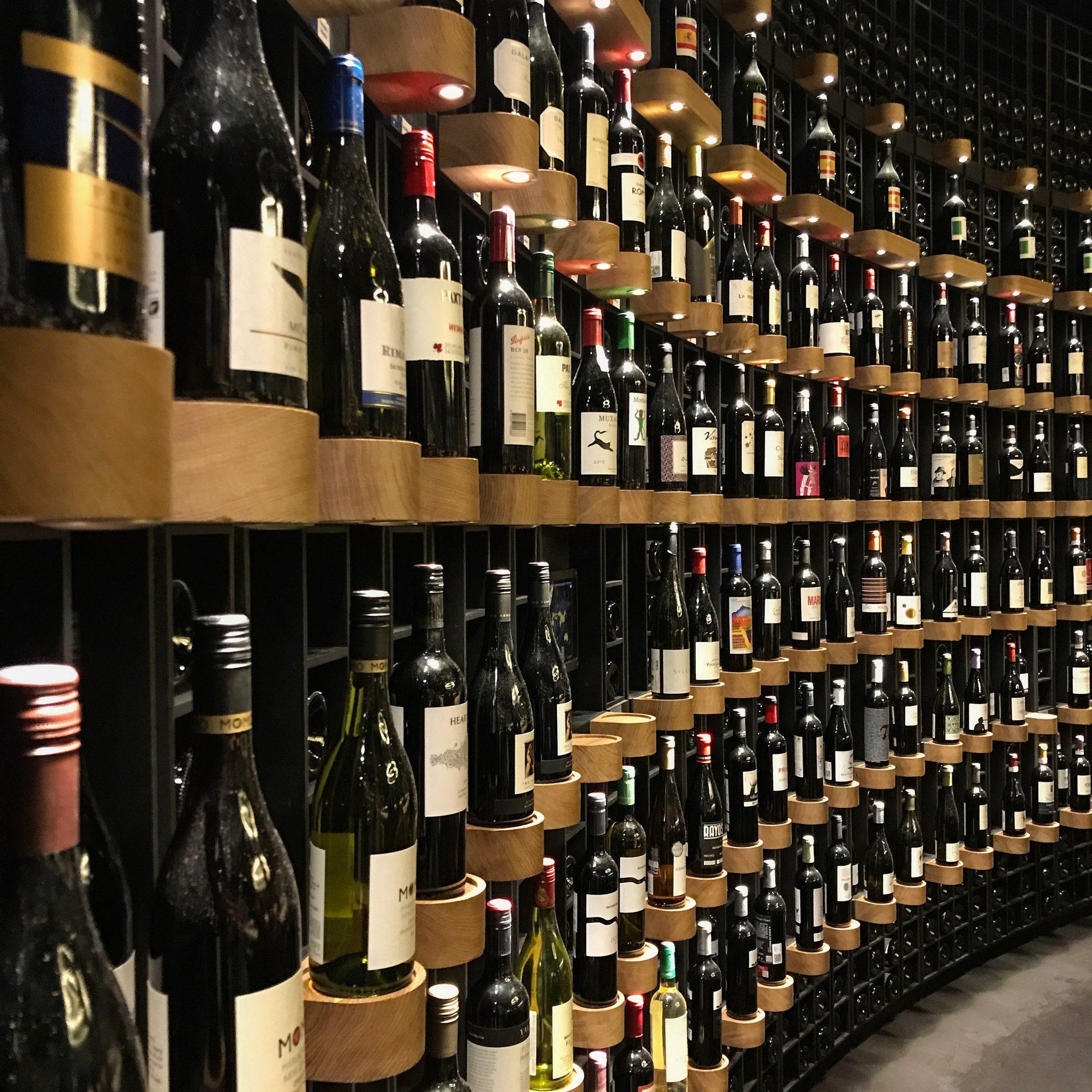 bottiglie alla cite du vin a bordeaux cosa fare