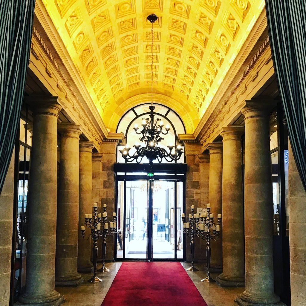 ingresso grand hotel a bordeaux cosa fare