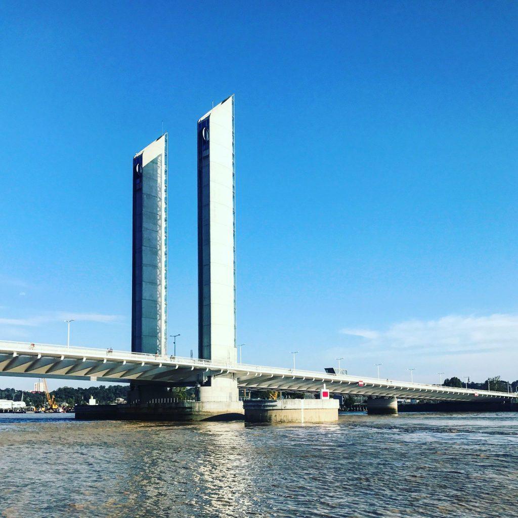 ponte levatoio visitare bordeaux