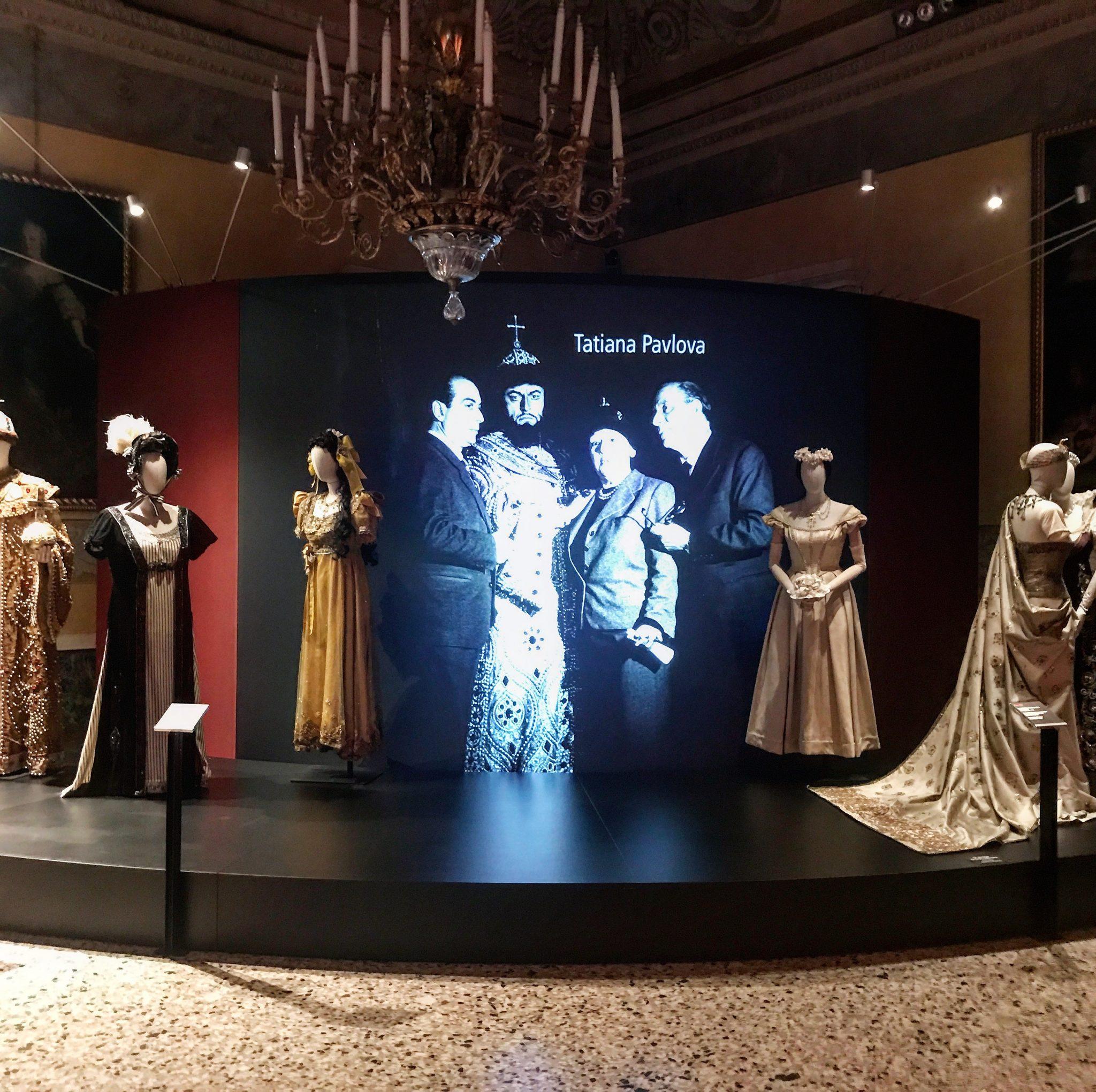 abiti della Scala tra le mostre gratis