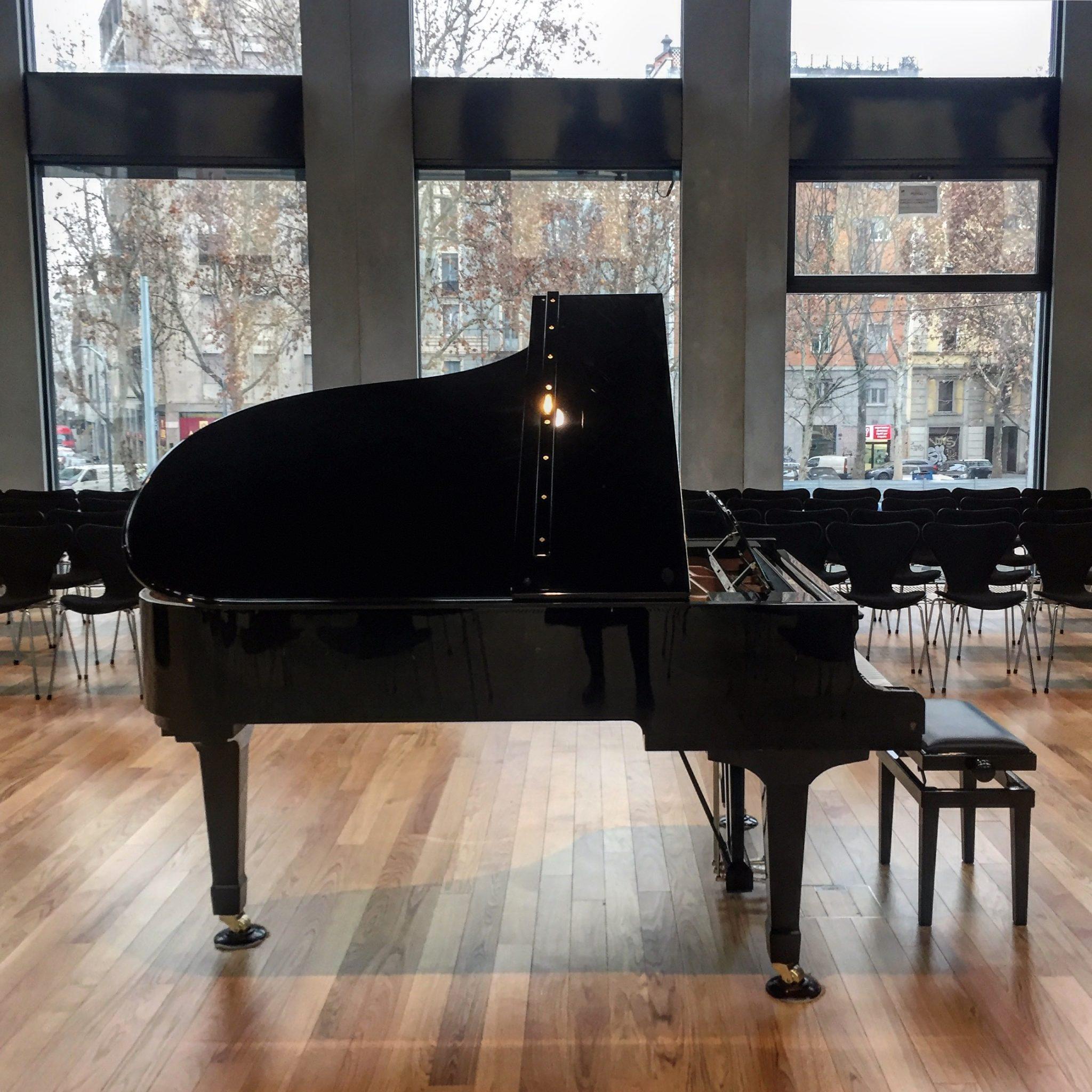 pianoforte all'aperitivo a milano al babitonga café