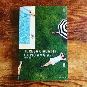 copertina de la più amata il libro di teresa ciabatti
